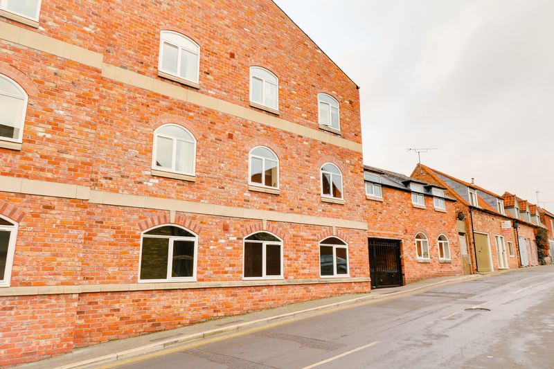 2 Bedrooms Flat for sale in Copperfield House, Barton-upon-Humber