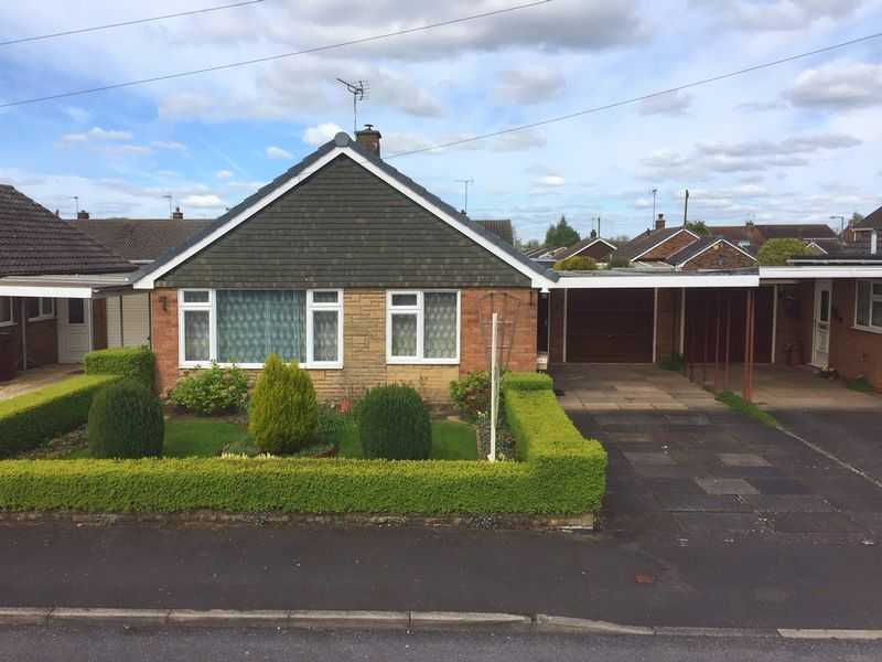 2 Bedrooms Detached Bungalow for sale in Lavender Close, Great Bridgeford, Staffordshire