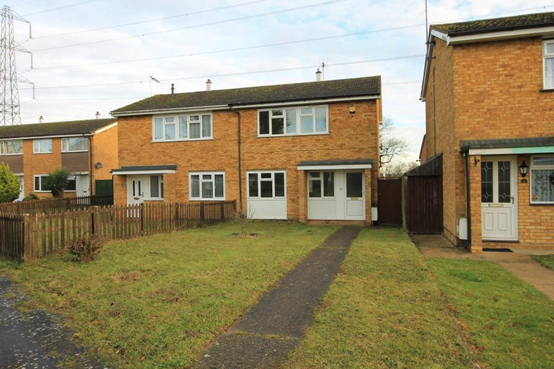 3 Bedrooms Semi Detached House for sale in Therfield Walk, Dunstable