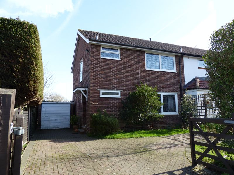 3 Bedrooms House for sale in COOKHAM