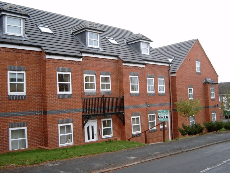 Alcester Road , Studley, B80