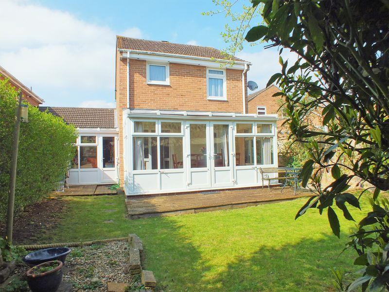 3 Bedrooms Detached House for sale in Kidlington, Oxfordshire
