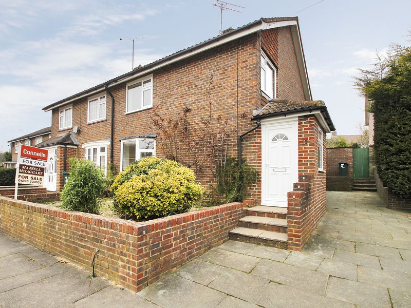 3 Bedrooms House for sale in Shepherd Close, Southgate, Crawley, West Sussex