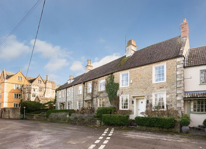 3 Bedrooms Terraced House for sale in Beckington, Nr Frome