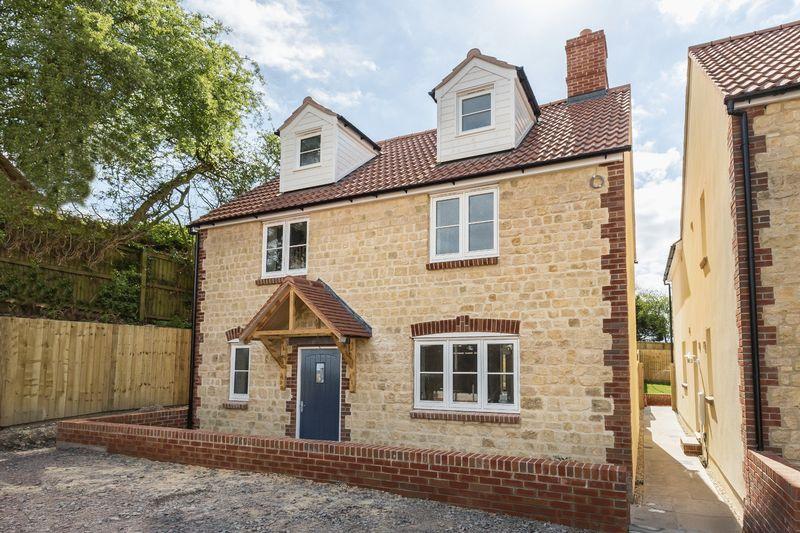 4 Bedrooms Detached House for sale in Lane End, Warminster