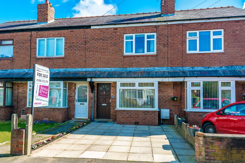 2 Bedrooms Terraced House for sale in Middlewood Road, Aughton