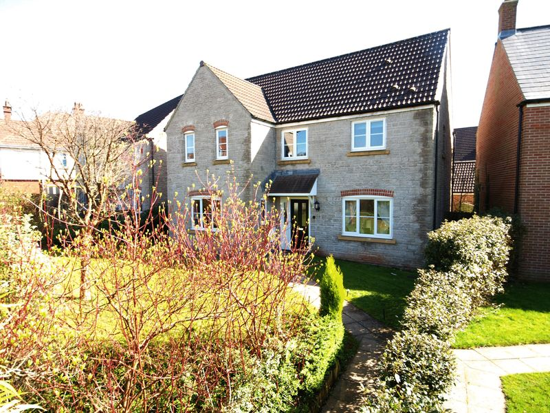4 Bedrooms Detached House for sale in Weston Road, Bristol