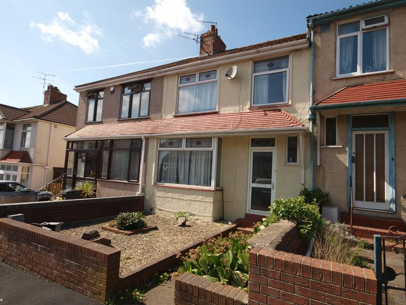 3 Bedrooms Terraced House for sale in Sandling Avenue, Bristol