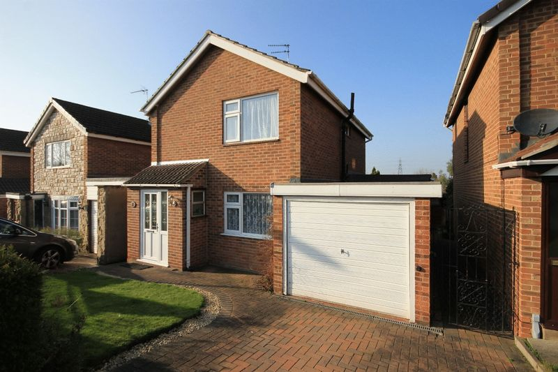 3 Bedrooms Detached House for sale in GLADSTONE CLOSE. CHELLASTON