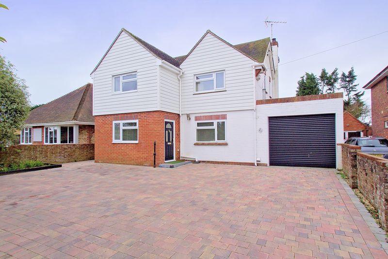 3 Bedrooms Detached House for sale in Gossamer Lane, Aldwick, PO21