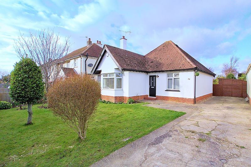 2 Bedrooms Detached Bungalow for sale in Grosvenor Gardens, Rose Green, PO21
