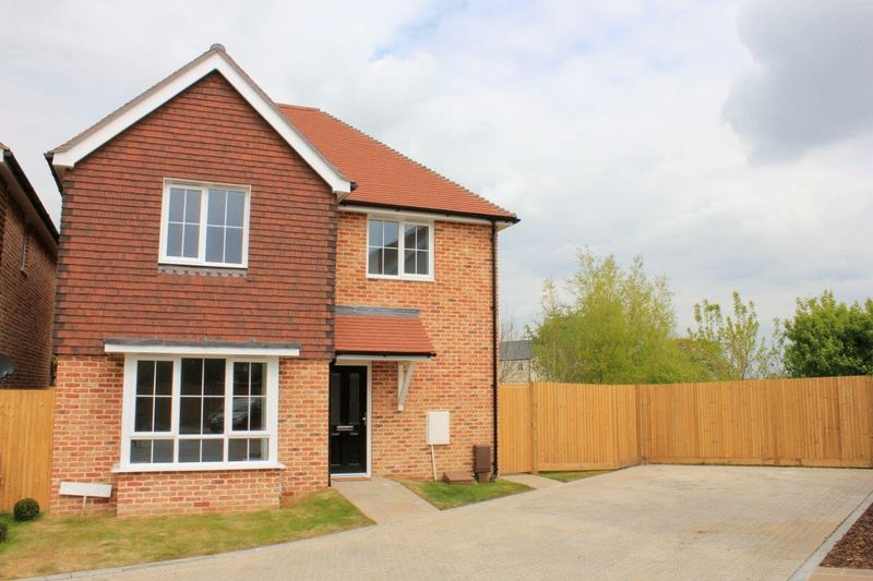 3 Bedrooms Detached House for sale in Last One Remaining! Bucksham Place, Bucksham Avenue, North Bersted, PO21