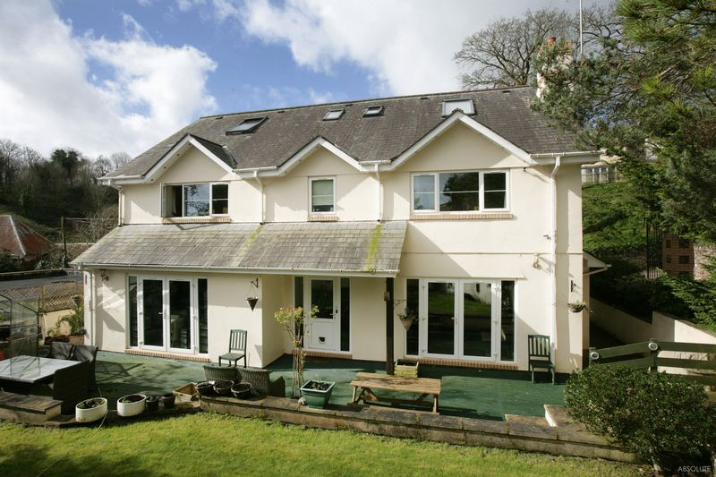 6 Bedrooms Detached House for sale in Edginswell Lane, Torquay