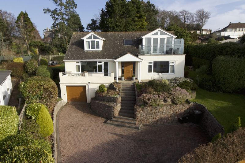 4 Bedrooms Detached House for sale in Rock End Avenue, Torquay
