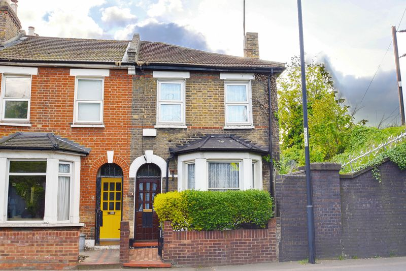 2 Bedrooms Terraced House for sale in Kenworthy Road, E9