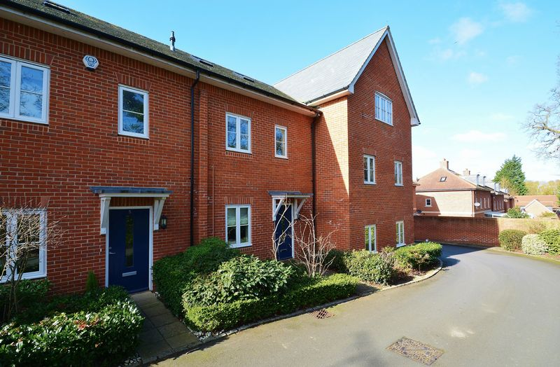 1 Bedroom Flat for sale in Old Union Way, Thame