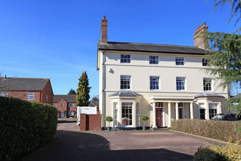 4 Bedrooms Property for sale in 6 Stafford Place, Shifnal