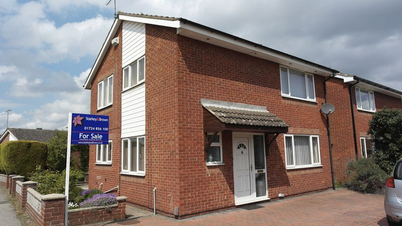 4 Bedrooms Detached House for sale in Speedwell Crescent, Scunthorpe