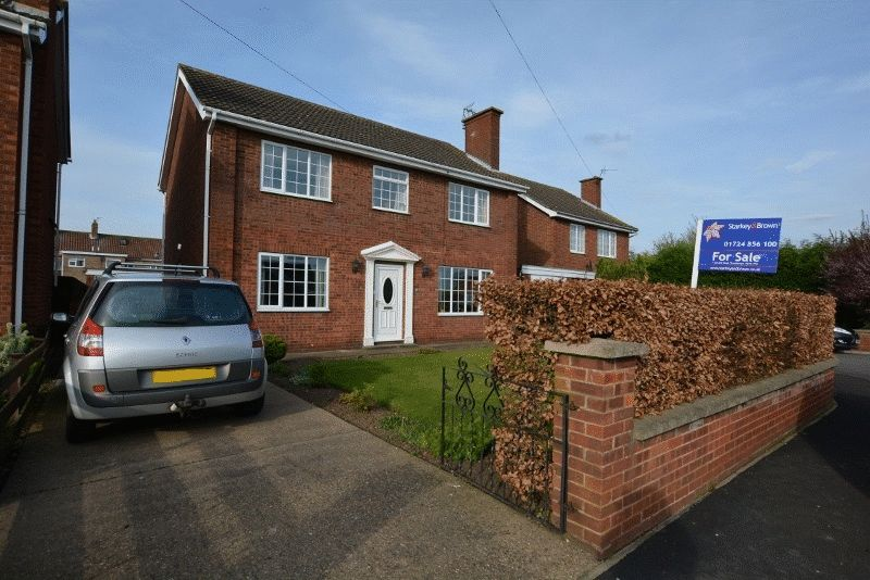 4 Bedrooms Detached House for sale in Mount Avenue, Winterton, Scunthorpe