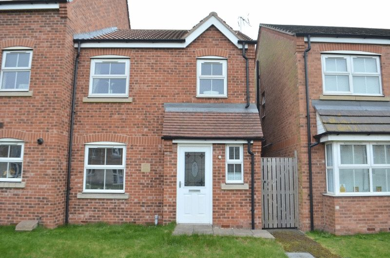 3 Bedrooms Terraced House for sale in Whimbrel Chase, Scunthorpe