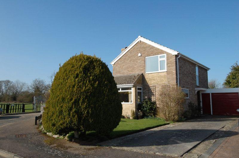 3 Bedrooms Detached House for sale in KIDLINGTON -