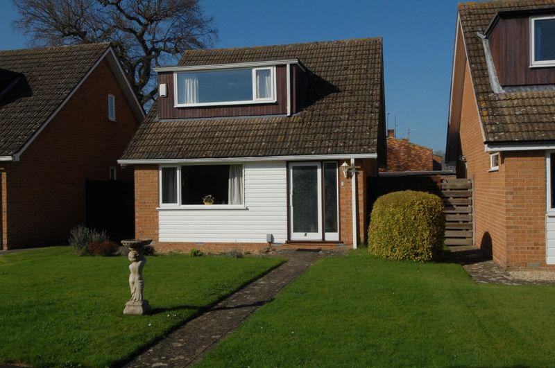 3 Bedrooms Detached House for sale in KIDLINGTON