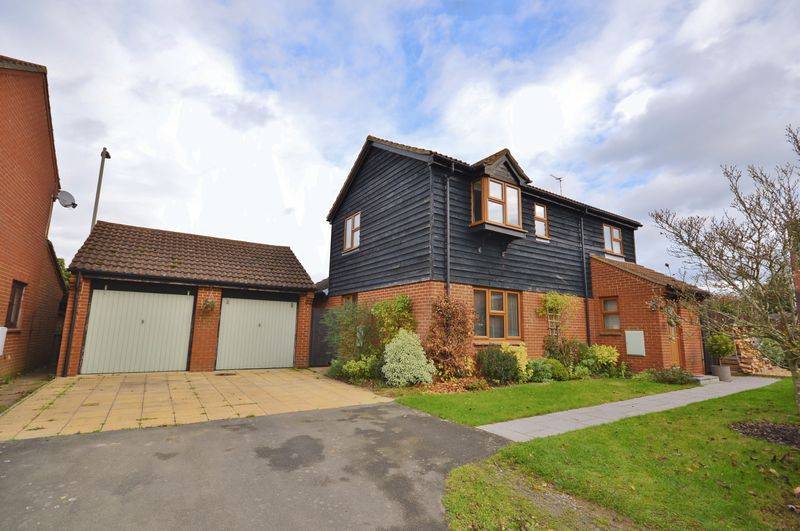3 Bedrooms Detached House for sale in Thame