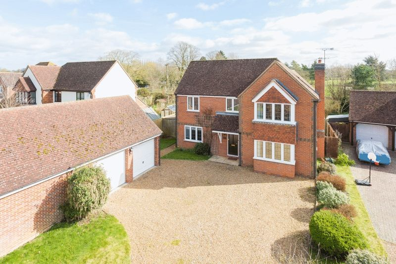 4 Bedrooms Detached House for sale in Stadhampton