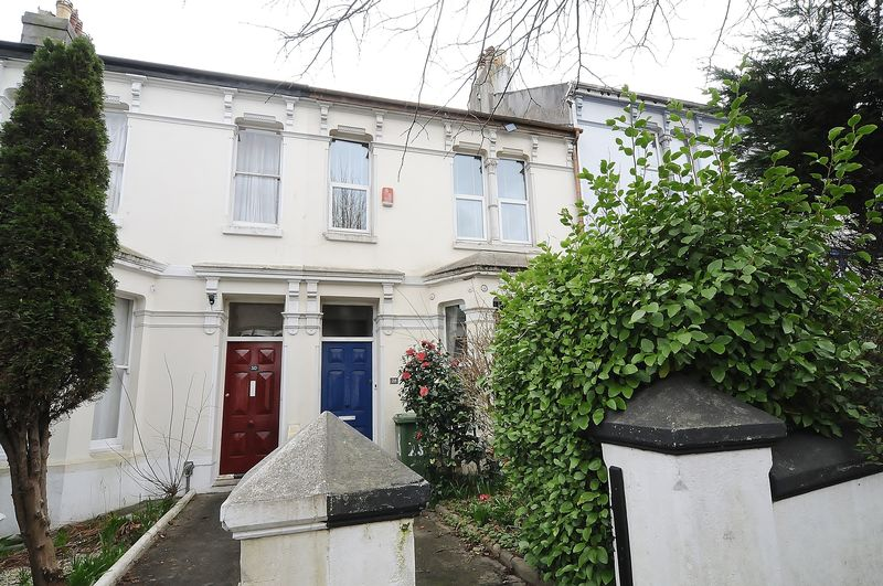 3 Bedrooms Terraced House for sale in Belgrave Road, Plymouth. 3 Bedroom Family Home.