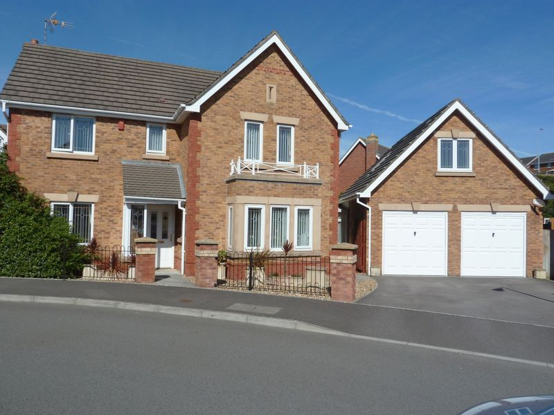 4 Bedrooms Detached House for sale in Cilgant Y Meillion, Rhoose Point