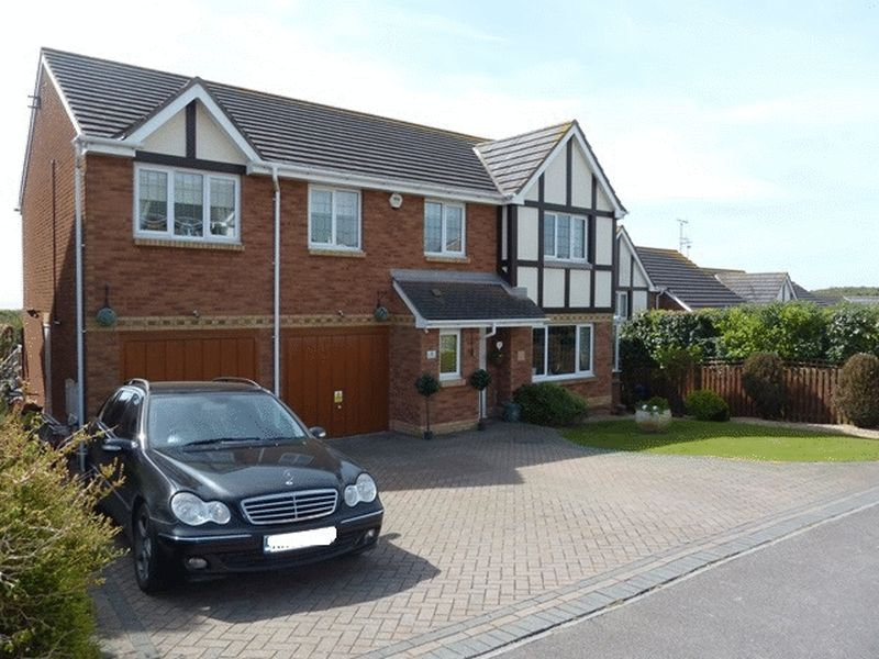 6 Bedrooms Detached House for sale in Porfa Ballas, RHOOSE POINT