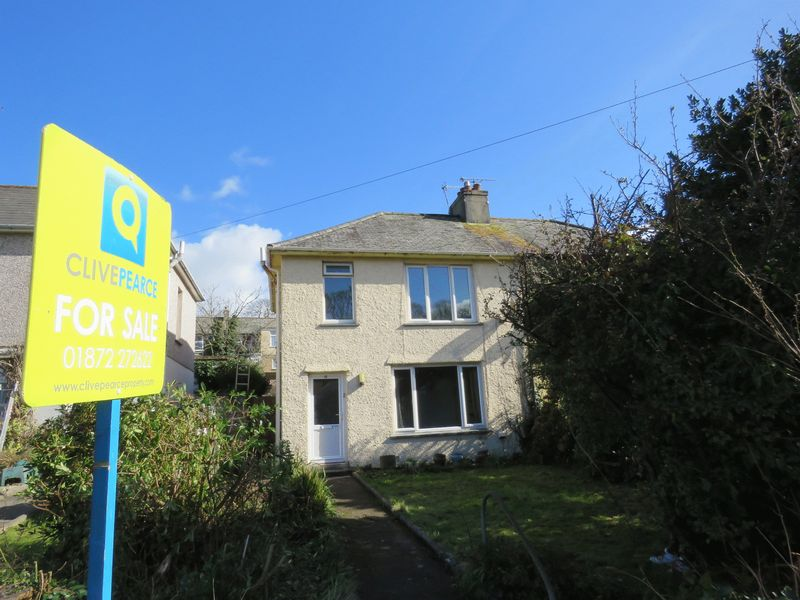 3 Bedrooms Semi Detached House for sale in Hendra Vean, Truro