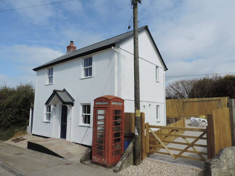 2 Bedrooms Detached House for sale in Trispen, Truro