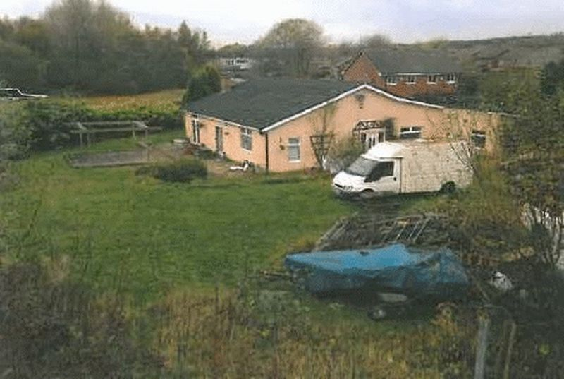 3 Bedrooms Detached Bungalow for sale in Ball Street, Beech Hill, Wigan