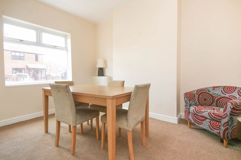 2 Bedrooms Terraced House for sale in City Road, Kitt Green, Wigan