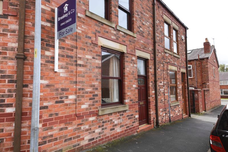 3 Bedrooms Terraced House for sale in Foster Street, Springfield, Wigan