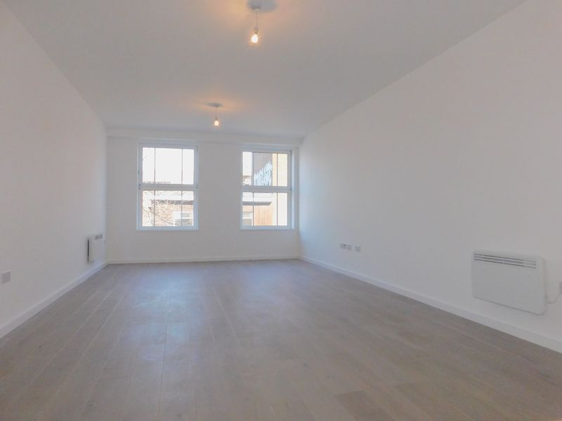 1 Bedroom Flat for sale in Albion House, Bedford, MK40