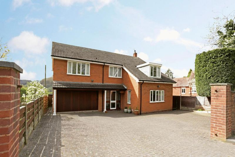 4 Bedrooms Detached House for sale in Eardiston, Teme Valley, Worcestershire