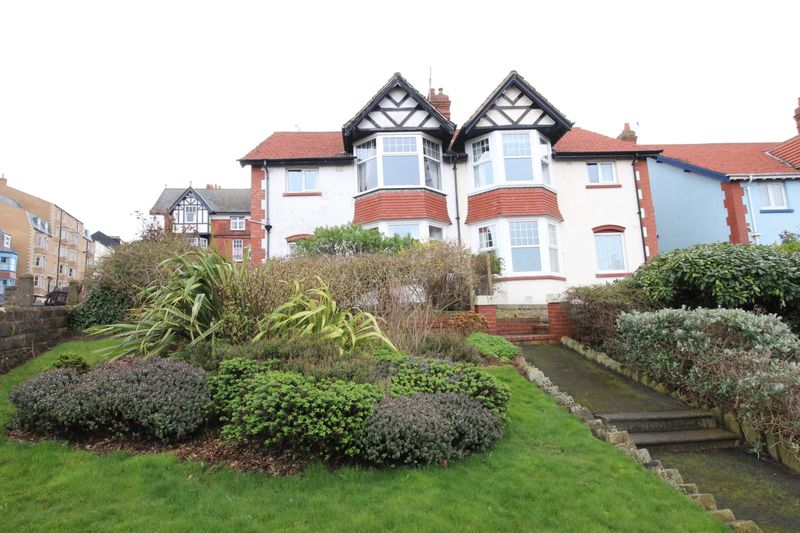 2 Bedrooms Flat for sale in Victoria Park, Scarborough