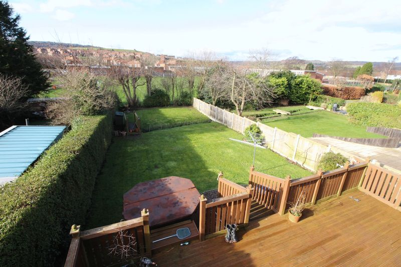 4 Bedrooms Detached House for sale in Scalby Road, Scarborough, YO12 6ED