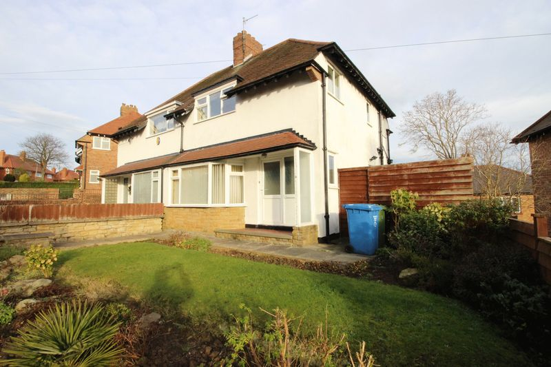 3 Bedrooms Semi Detached House for sale in Prospect Crescent