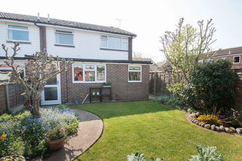 3 Bedrooms Semi Detached House for sale in Victoria Road, Chichester