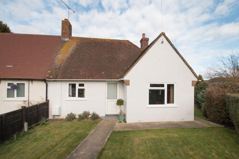 2 Bedrooms Semi Detached Bungalow for sale in Gaston Way, Lavant