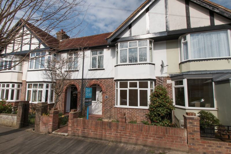 3 Bedrooms Terraced House for sale in Orchard Avenue, Chichester
