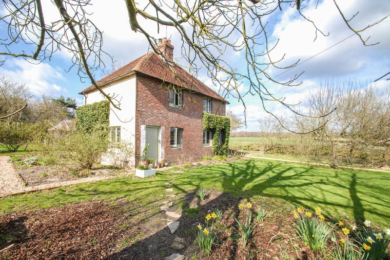 3 Bedrooms Detached House for sale in Beresford Lane, Plumpton Green