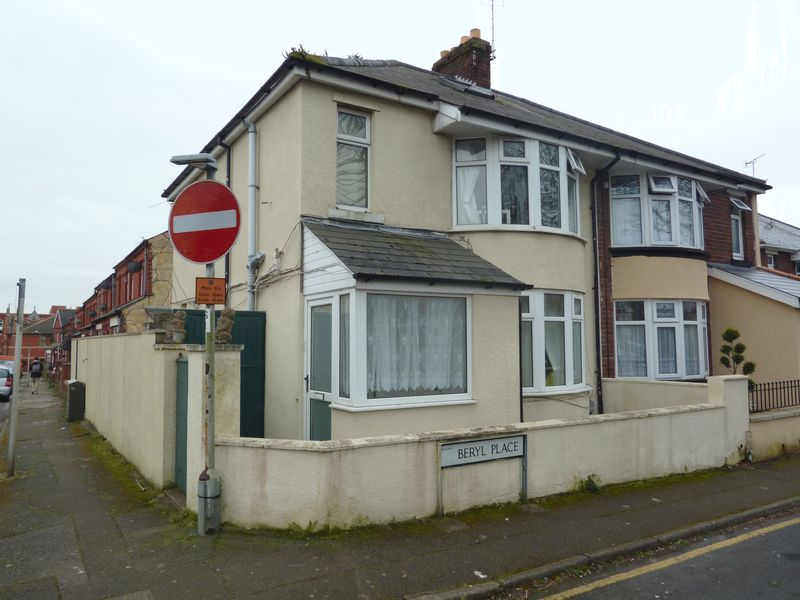 2 Bedrooms Semi Detached House for sale in Beryl Place, Barry