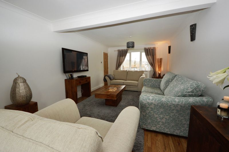 4 Bedrooms Terraced House for sale in Woodsedge, Waterlooville