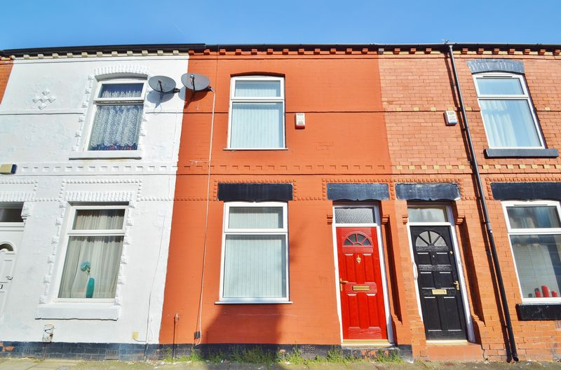 2 Bedrooms Terraced House for sale in Fir Street, Manchester