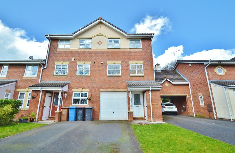3 Bedrooms Terraced House for sale in Princeton Close, Salford