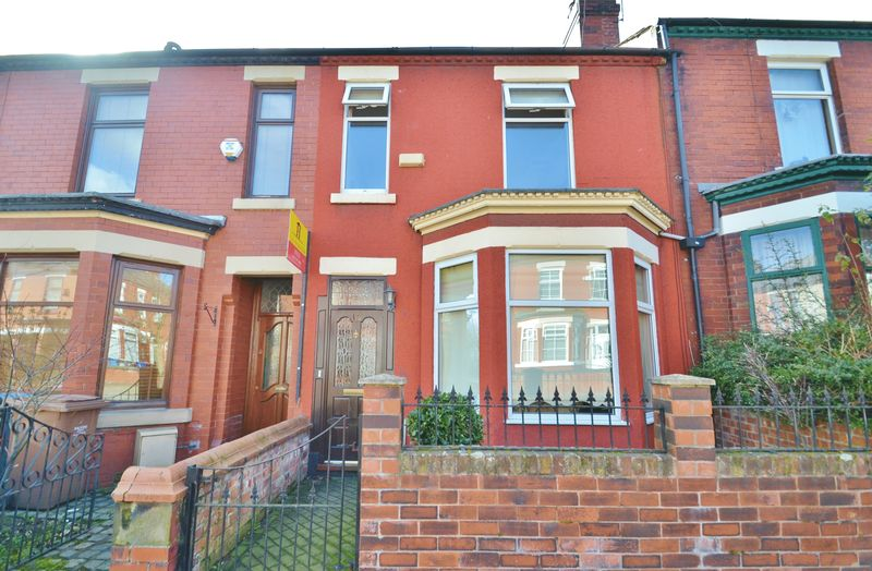 3 Bedrooms Terraced House for sale in Cecil Road, Eccles